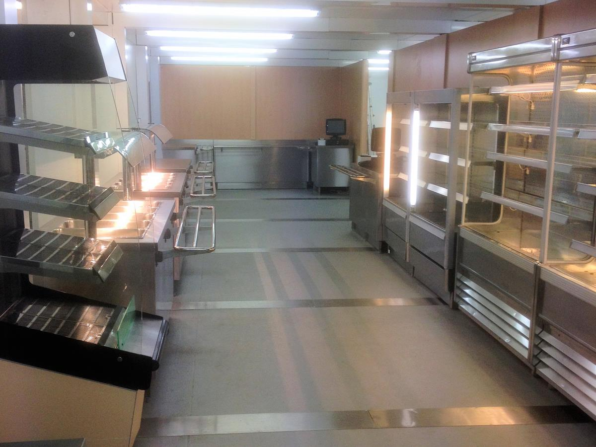 Servery of a purpose built university refectory with kitchens and dining using our semi-permanent modular buildings.